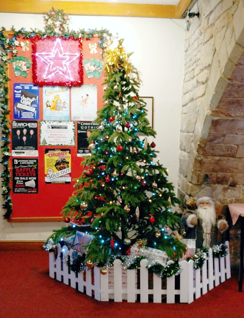 Blackfriars Social Committee - WIN Best Charity Christmas Display AGAIN!